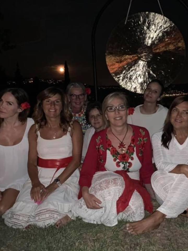 carlita moon mother rosso fiore